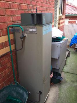 hot water repairs box hill