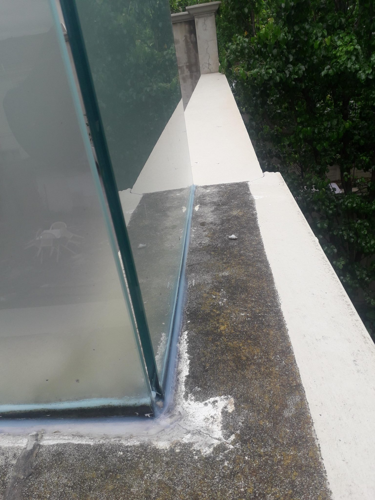 glass sealed leak balwyn