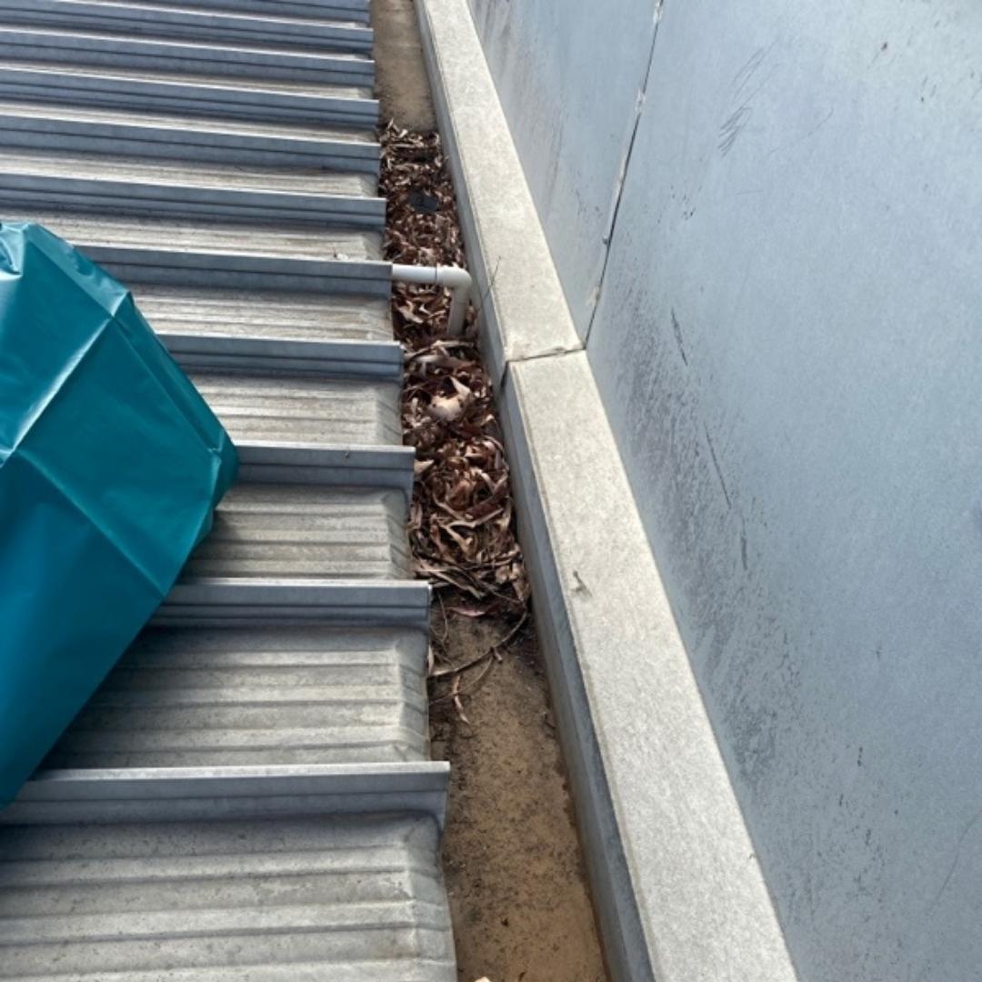 Plumber Melbourne, Brunswick, Leaves blocking gutter